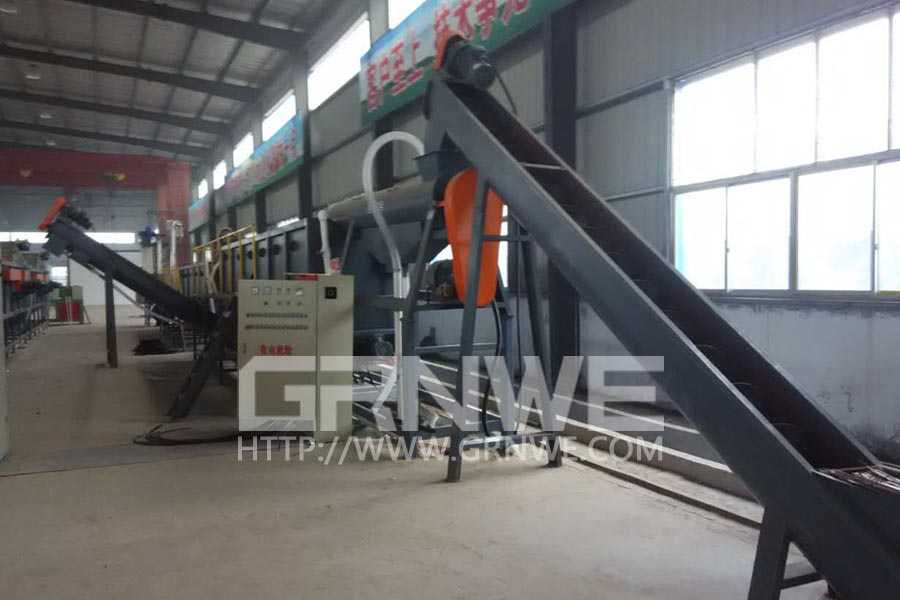 HDPE Flakes Wasing and Separating Line